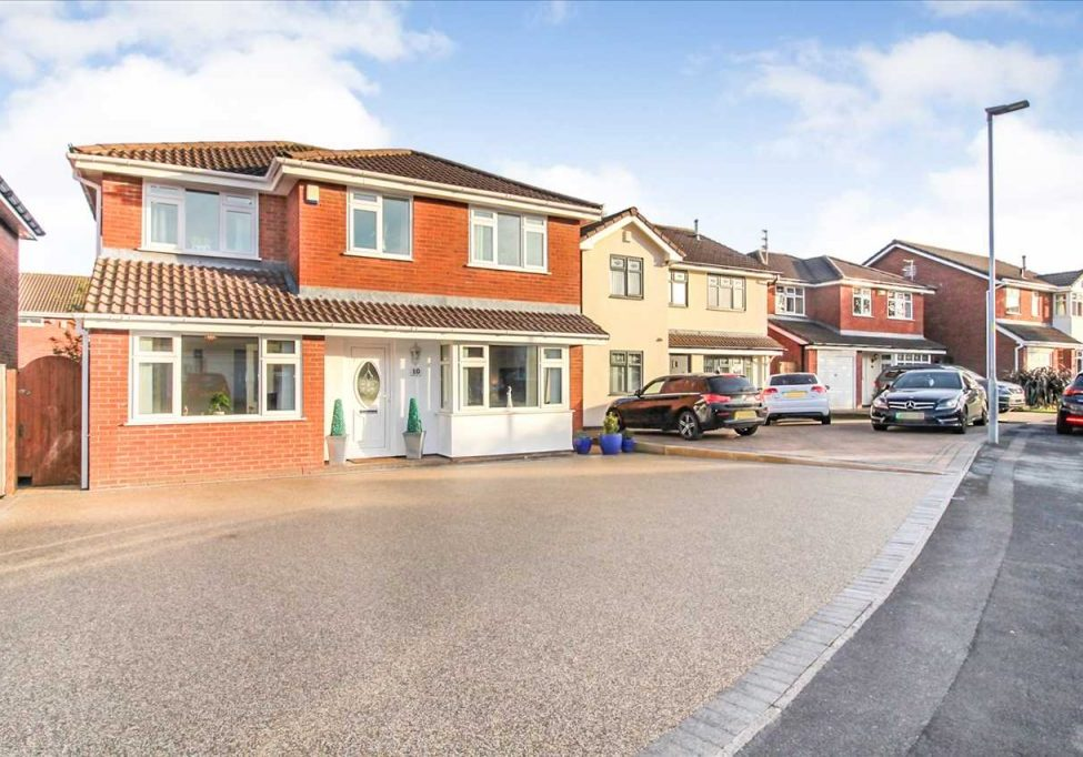 House For Sale, Whitewood Lane, Ashton in Makerfield, Wigan. Featured Image